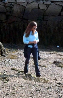 Danielle sea glass hunting in Massachusetts