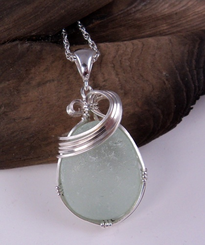 Small Open Wave Wire Wrapped Sea Glass Pendant 2012